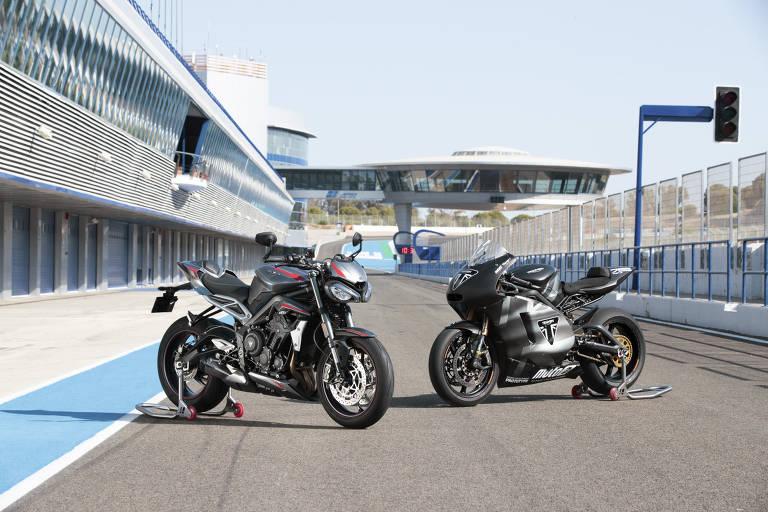 Triumph vai exibir a linha 2020 da Street Triple RS (à esq.) e a conceitual Moto2, prótotipo de competição usado no desenvolvimento de motores