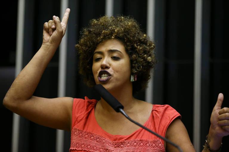 A deputada Talíria Petrone (PSOl-RJ), durante sessão no Plenário da Câmara