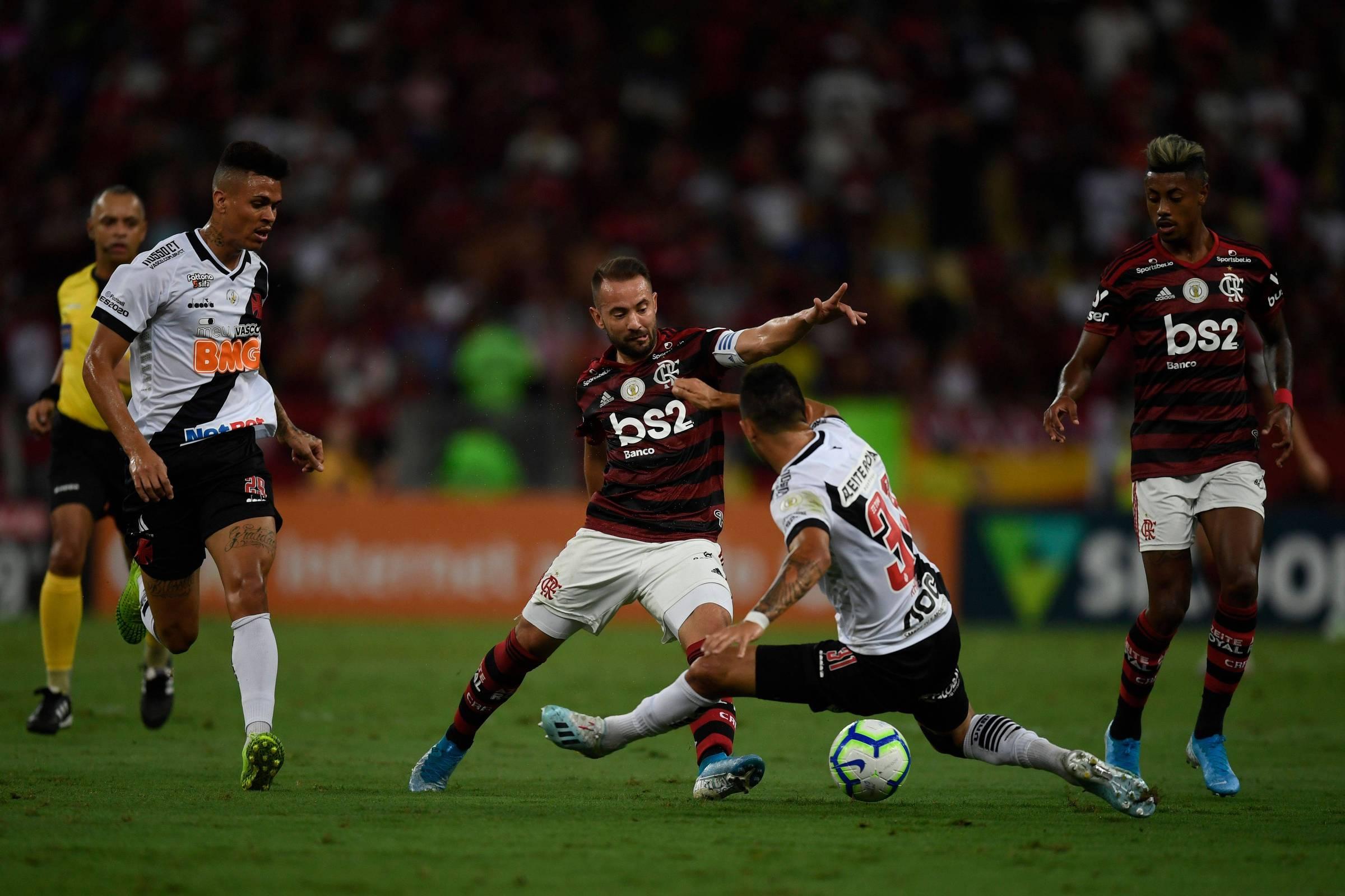 Flamengo e Vasco foi o jogo dos oito erros