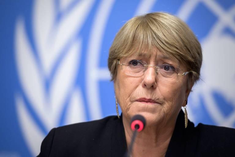 Michelle Bachelet durante coletiva de impressa da ONU neste sábado(16) em que alertou que a situação da Bolívia pode sair do controle com o aumento da violência
