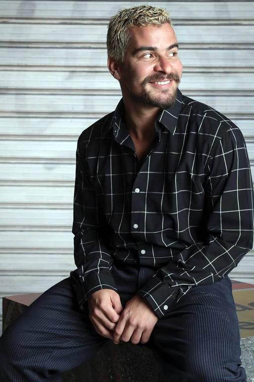 O ator Thiago Martins
