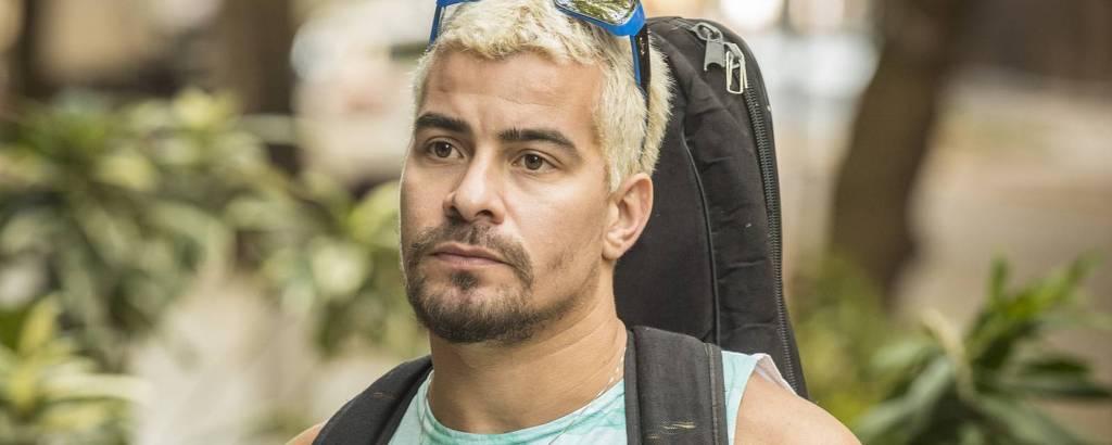 Thiago Martins no papel de Ryan em 'Amor de Mãe'