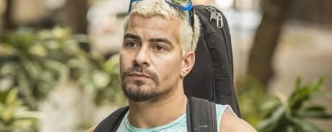 Thiago Martins no papel de Ryan em