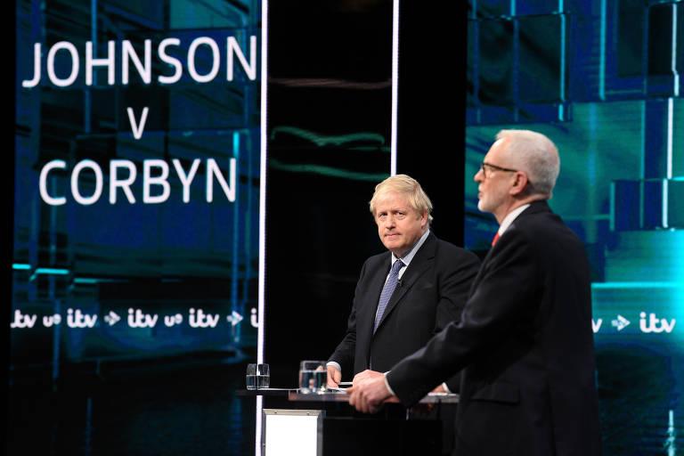 Boris Johnson e Jeremy Corbyn participam de debate nesta terça (19)