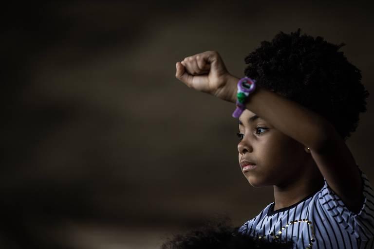 Catharina Odara Zacharias rocha, 4, na 16ª Marcha da Consciência Negra em frente ao Masp, na avenida Paulista