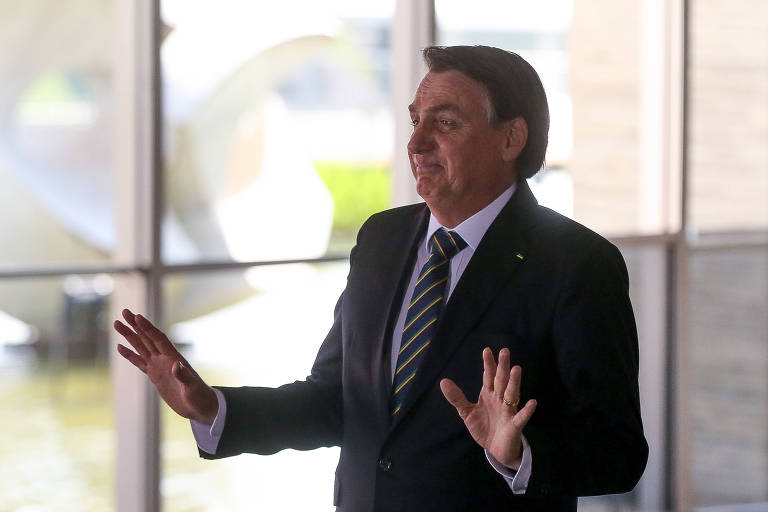 O presidente Jair Bolsonaro disse na última quarta (20) que o desmatamento e as queimadas no Brasil são culturais e que não acabarão