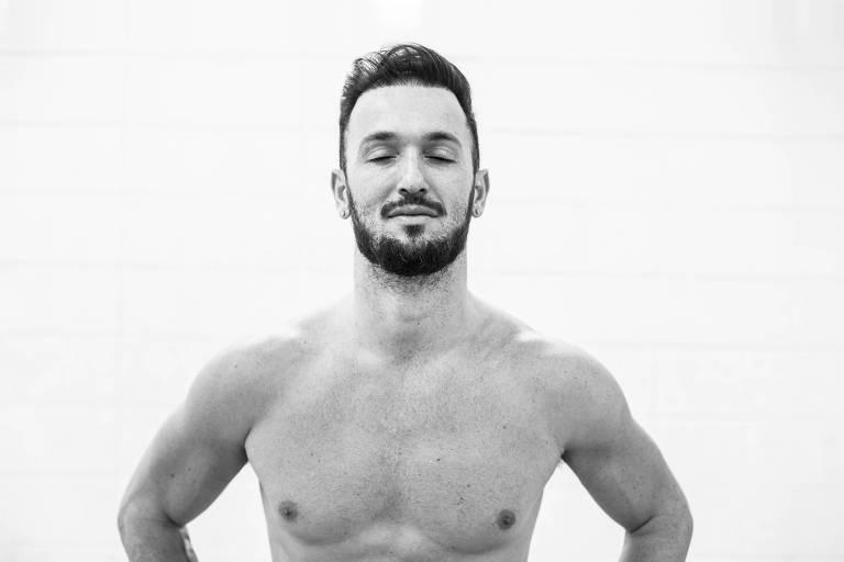 """Retrato de atleta Diego Hypolito para a seção """"Minha História"""" de UOL Esporte"""