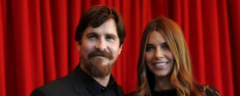 Actor Christian Bale and his wife Sibi Blazic pose at the AFI (American Film Institute) Awards 2015 luncheon in Los Angeles, California January 8, 2016.   REUTERS/Mario Anzuoni      TPX IMAGES OF THE DAY      ORG XMIT: MA600