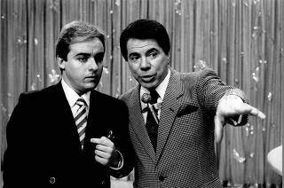 Os apresentadores Gugu Liberato e Silvio Santos durante coletiva do SBT