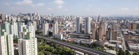 SÃO PAULO, SP, 05.04.2018 - Vista do bairro do Brás a partir do empreendimento Portal Centro, da Even, na região paulistana com grande concentração de apartamentos novos à venda. (Foto: Alberto Rocha/Folhapress)