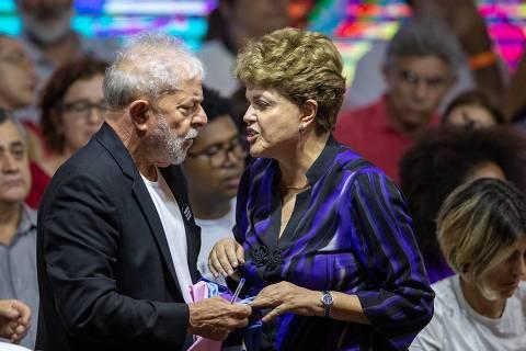 SÃO PAULO, SP, 22.11.2019 - O ex-presidentes Lula e Dilma Rouseff durante 7º Congresso Nacional do PT realizado na Casa de Portugal, em São Paulo. (Foto: Danilo Verpa/Folhapress)