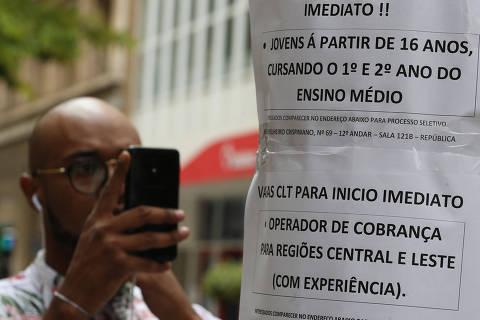 País gera 644 mil vagas com carteira assinada em 2019, maior saldo anual desde 2013