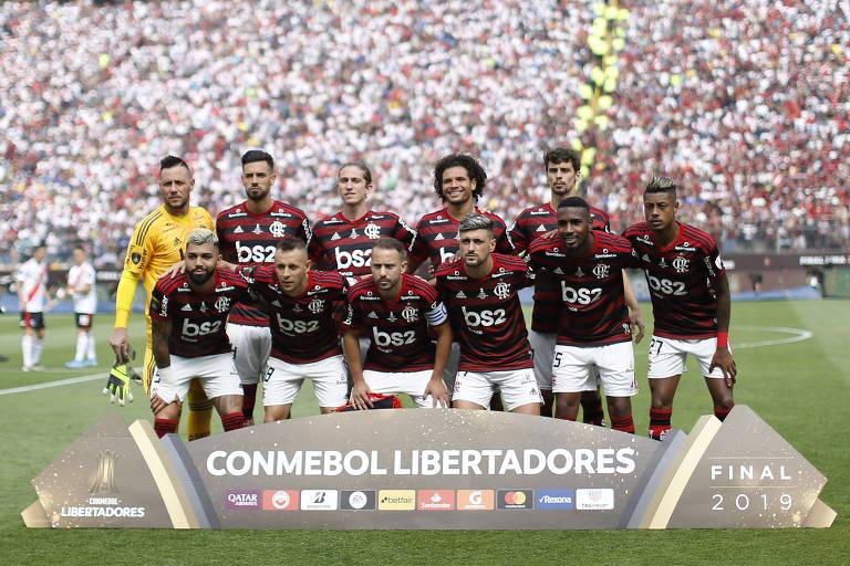Time do Flamengo posa para foto antes da decisão de Libertadores