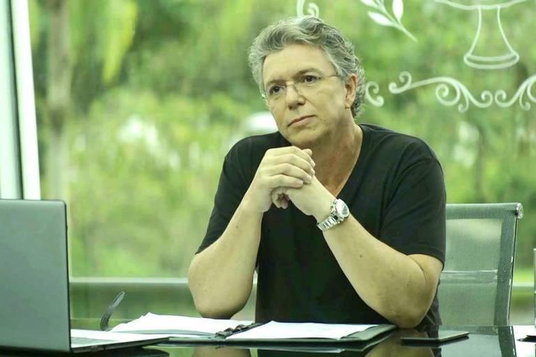 O diretor da Globo, J. B. de Oliveira, o Boninho