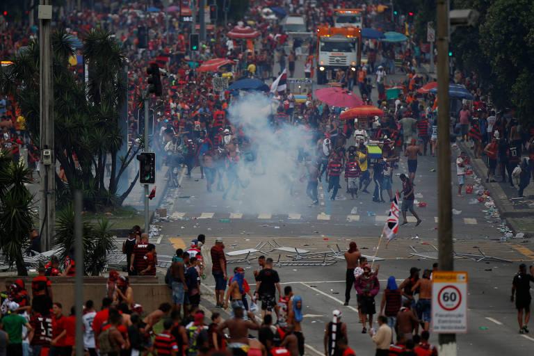 Conflitos marcaram o fim da festa do Flamengo no Rio de Janeiro