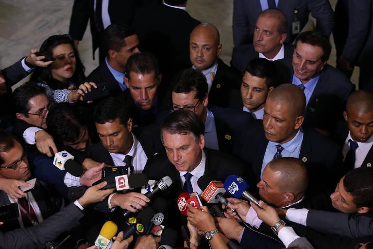 O presidente Jair Bolsonaro em entrevista em Brasília