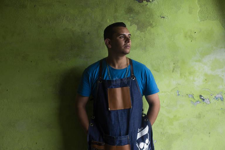O cabeleireiro Sidney Sylvestre Vieira, que ficou mais de um ano preso, acusado de tortura e morte, sem provas