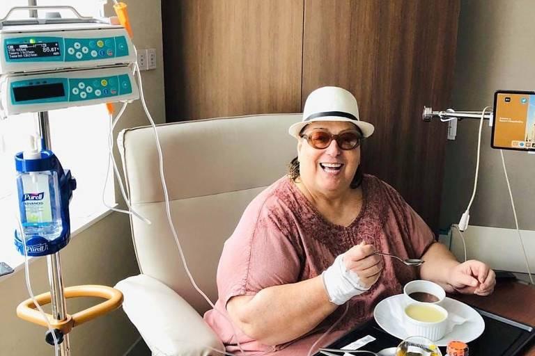 Mamma Bruschetta no pós-operatório no hospital