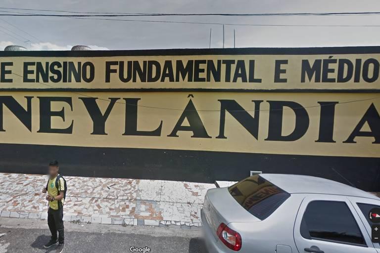 Escola Disneylândia, em Belém