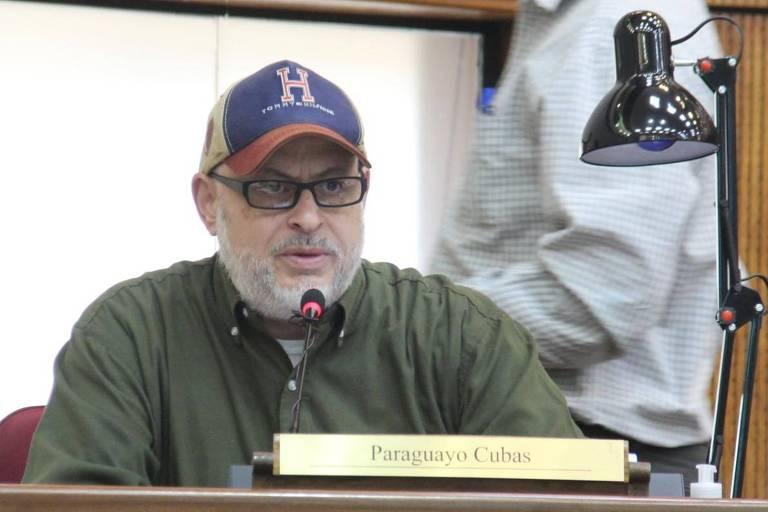 O senador Paraguayo Cubas durante sessão