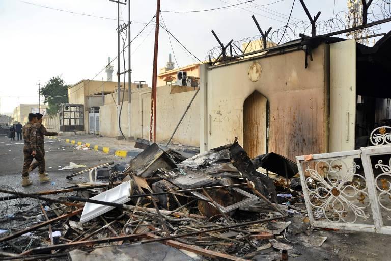 Consulado iraniano é queimado no Iraque