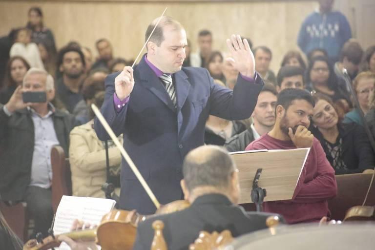 O maestro Dante Mantovani