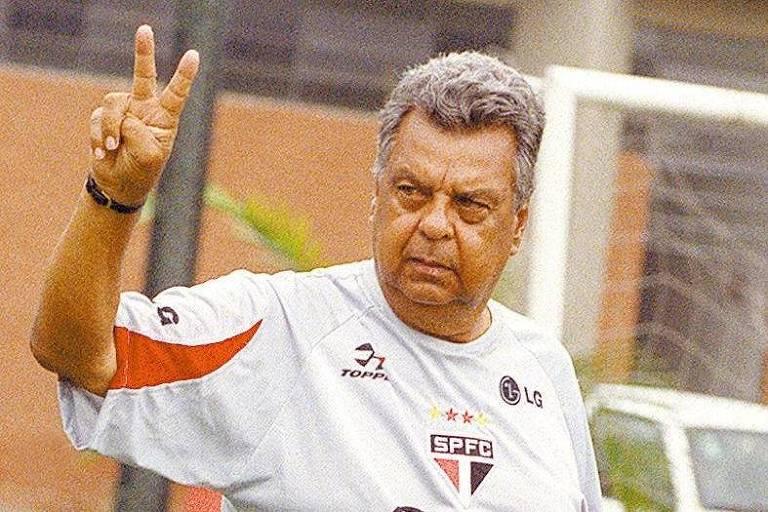 Cilinho conquistou dois Paulistas pelo clube do Morumbi, em 1985 e 1987. Em 2003, retornou ao clube para trabalhar na base