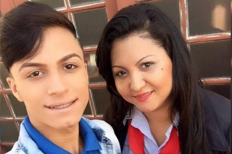 Tatiana Lozano Pereira com o filho Itaberlly, por cuja morte ela foi condenada nesta quinta-feira (28)