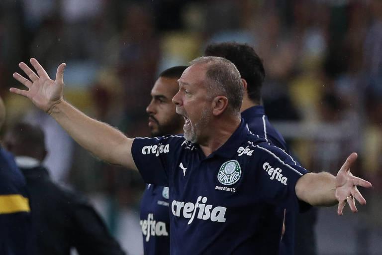 Mano Menezes esbraveja contra a arbitragem na derrota do Palmeiras para o Fluminense, no Maracanã, pelo Brasileirão