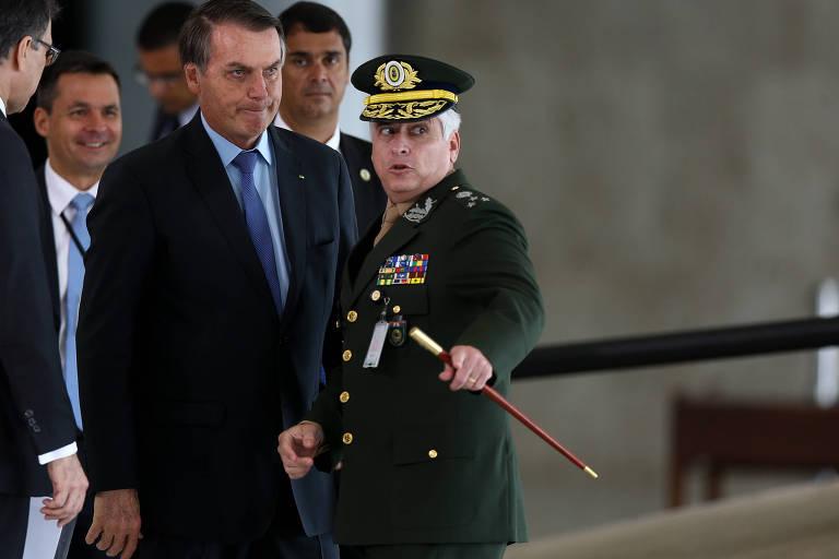 Bolsonaro diz que tempos mudaram e que sancionará Previdência de militares em breve