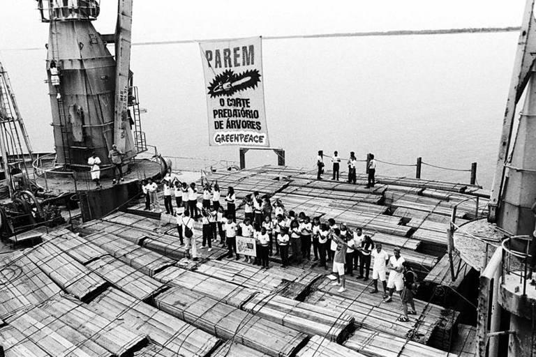 Protesto do Greenpeace em Santarém (1994), criticado na época por Alexandre Rizzi, hoje juiz do caso dos brigadistas presos em Alter do Chão