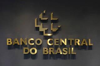 Banco Central e Febraban assinam Acordo de Cooperação Técnica sobre educação financeira.