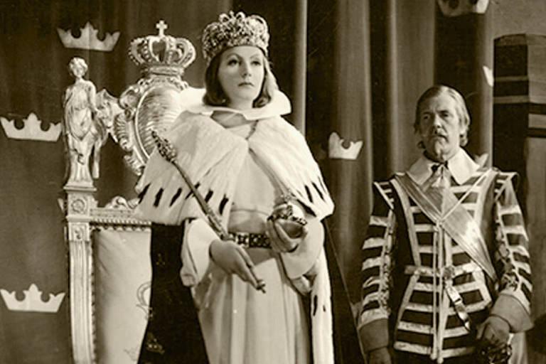 """Greta Garbo em cena de """"Rainha Cristina"""""""