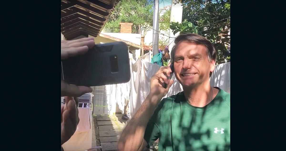 Em entrevista, Bolsonaro admite recuar sobre licitação que exclui Folha
