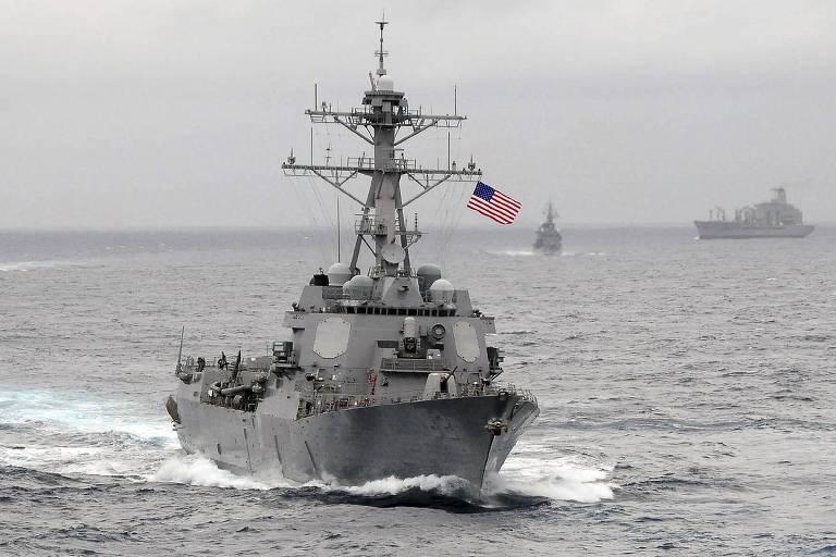 A embarcação USS Lassen, da Marinha dos EUA, no Oceano Pacífico