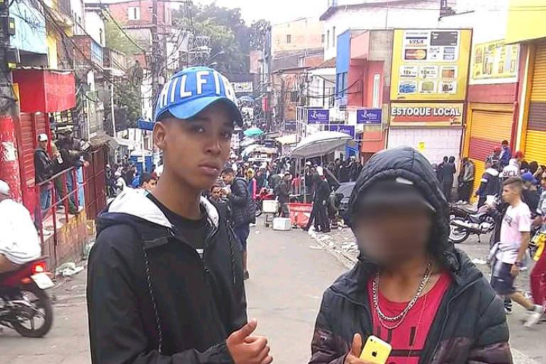 Gustavo Xavier, 14, no baile funk DZ7, com amigo, em postagem em rede social feita em outubro