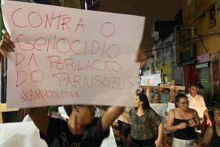 Protesto de moradores de Paraisópolis contra a violência da polícia