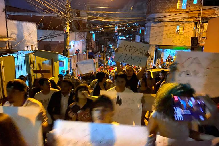 Moradores de Paraisópolis protestam contra ação que deixou 9 mortos
