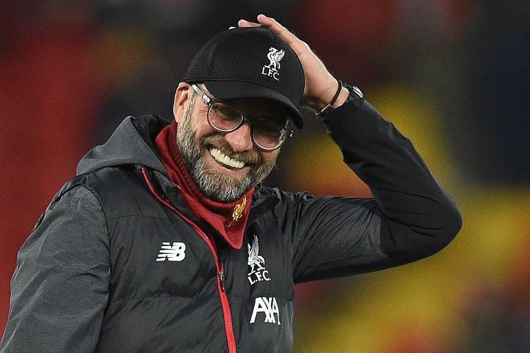 O técnico Jurgen Klopp comanda o Liverpool