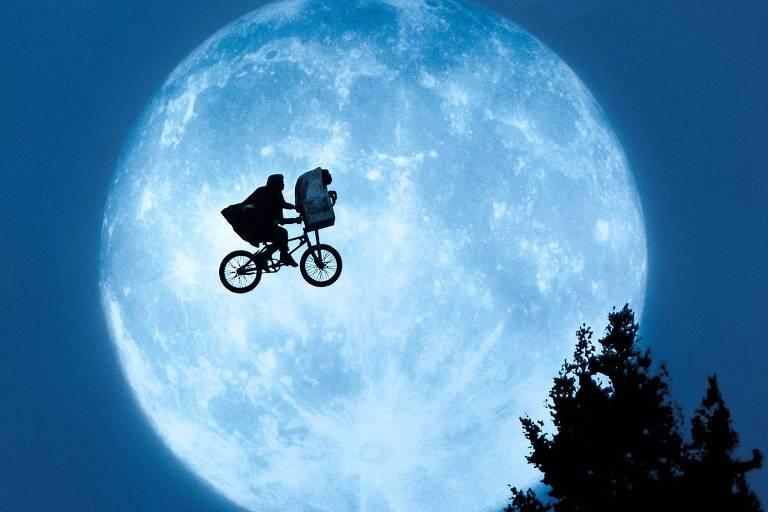 """Cena de """"E.T. - O Extraterrestre"""""""