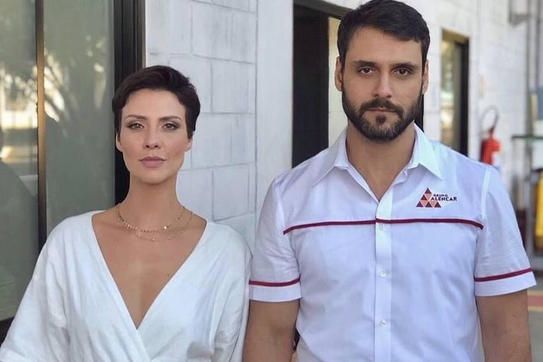Camila Rodrigues e Felipe Cunha fizeram par romântico na trama da Record TV