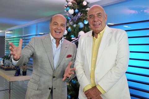 Vinheta fim de ano da RedeTV! com a participação Marcelo de Carvalho e Amilcare Dallevo Jr.