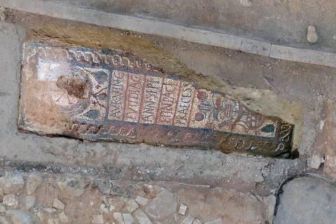Tumba do diácono Aurelius Vicentius (Crédito: Divulgação)