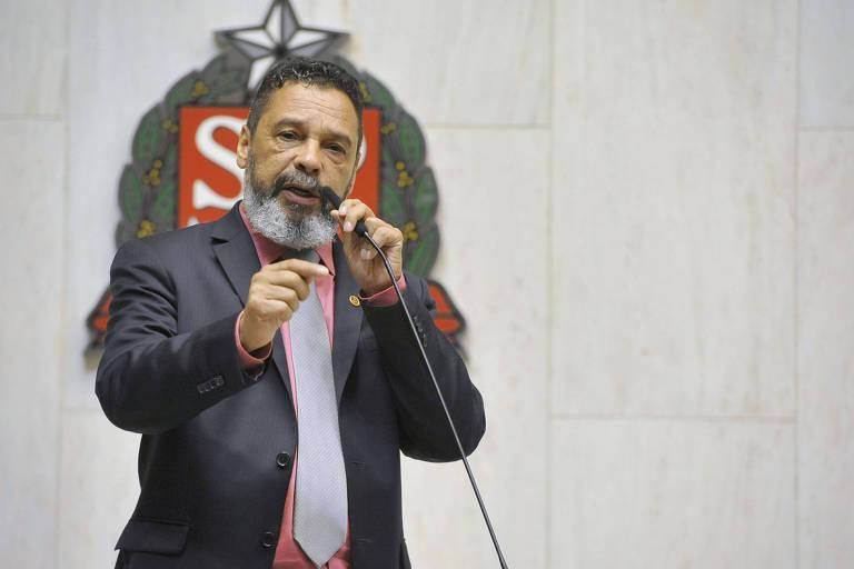 Deputado Teonilio Barba (PT) na Alesp