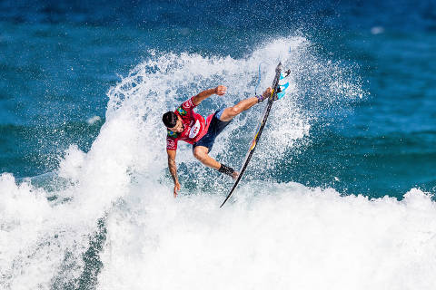 RIO DE JANEIRO, BRAZIL - JUNE 20: Italo Ferreira of Brazil advances directly to Round 3 of the 2019 Oi Rio Pro after winning Heat 5 of Round 1 at Itauna Beach, Saquarema on June 20, 2019 in Rio de Janeiro, Brazil. (Photo by Damien Poullenot/WSL) ORG XMIT: 775352847