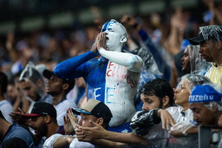 Torcida do Cruzeiro, na derrota para o CSA, no Mineirão