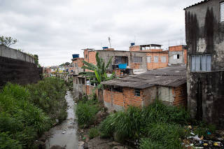 Favela em Guarulhos, segunda maior cidade do estado de SP e uma das piores em saneamento