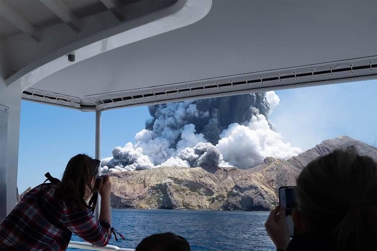Erupção de vulcão na Nova Zelândia
