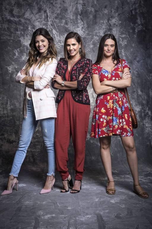 Alexia (Deborah Secco), Luna (Juliana Paiva) e Kyra (Vitória Strada). As três tornam-se testemunhas acidentais de um assassinato