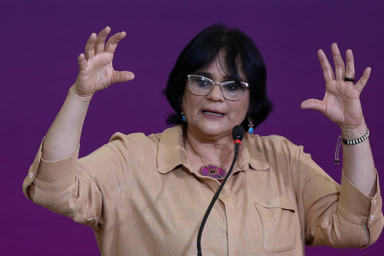A ministra Damares Alves (Mulher, Família e Direitos Humanos)